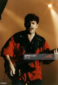Charlie Burchill of Simple Minds performs on stage at Milton Keynes Bowl, on August 1991 in Buckinghamshire, England. Photo by Peter Still/Redferns) Great Bands, Cool Bands, Jim Kerr, Simple Minds, Milton Keynes, Guitars, Stage, England, Mindfulness