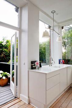 Beautiful Simple Kitchen Room Image