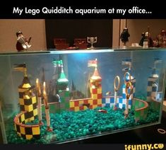 Lego Quidditch aquarium, I've only seen the first Harry Potter movie but this is still just too awesome! Blaise Harry Potter, Mundo Harry Potter, Theme Harry Potter, Harry Potter Love, Harry Potter Quidditch, Ravenclaw, Anniversaire Harry Potter, Geek Stuff, Betta Fish