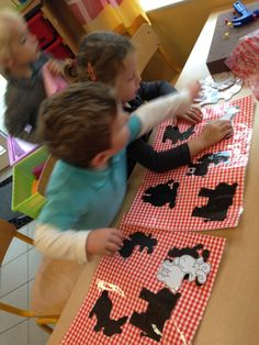 Farm Animals Preschool, Preschool Worksheets, Busy Boxes, Reggio Emilia, Montessori, Kindergarten, Education, Amelie, Kids