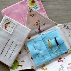 Little Letter Needle Book Tutorial {Sewing} - Tip Junkie