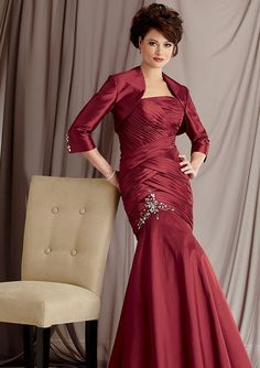 Mermaid Sin Tirantes Pleats Abalorio Tafetán Mother of the Bride Dresses