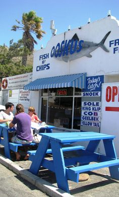 Cape Town: Gordons Bay: best fish and chips ! Fish And Chips, Santorini, Le Cap, Cape Town South Africa, Out Of Africa, Africa Travel, Countries Of The World, Holiday Destinations, Live