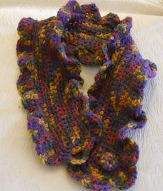 collana sciarpetta in acrilico lavorata crochet