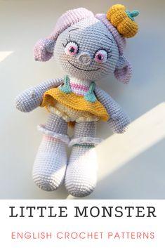 Crochet Deer, Diy Crochet And Knitting, Knitting Toys, Crochet Pumpkin, Cute Crochet, Crochet For Kids, Crochet Animal Patterns, Crochet Doll Pattern, Stuffed Animal Patterns