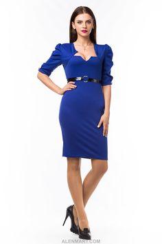 Платье+из+французского+трикотажа+приталенного+силуэта+с+завышеной+талией.+Декоративная+деталь+-+лаковый+пояс.+Длина+от+85+до+105+см+в+зависимости+от+размера.