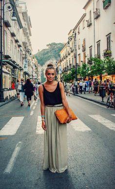 comment porter une jupe longue sur la rue