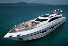 Second Numarine 105 HT hull delivered to Hong Kong