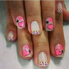 El amort Love Nails, Pink Nails, Pretty Nails, Valentine Nail Art, Holiday Nail Art, Valentines, Heart Nail Designs, Cute Nail Designs, Nail Patterns