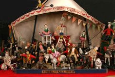 Collector, Andy Yaffee's Schoenhut Humpty Dumpty Circus Tent and Performers.
