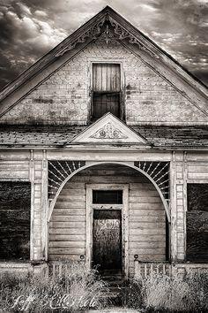 Abandoned House, Eureka Utah.