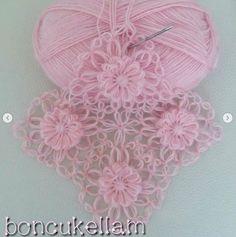 Yarn Flowers, Crochet Flowers, Crochet Motifs, Crochet Patterns, Knitted Shawls, Sewing Tutorials, Projects, Crocheted Afghans, Farmhouse Rugs
