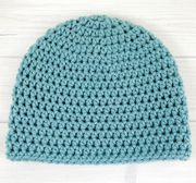 This basic beanie pattern makes a great base for embellishments or character hats and it works up quickly using bulky #5 yarn. ~ Add It To Your Ravelry Que