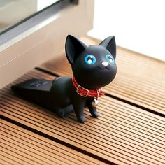 Semk PVC Vinyl Cat Cute Cat Door Stopper Cartoon Lovely Safety Strong Grip Christmas Gifts Animal door stopper two colors White And Black Cat, Black Kitty, World Cat, Cat Dog, Cute Cartoon Animals, Cat Accessories, Pvc Vinyl, Door Stop, Baby Safety