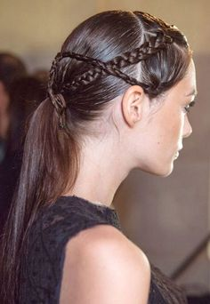 2014 Hair Trends - Braided Ponytail for Women - Pretty Designs Low Ponytail Hairstyles, Spring Hairstyles, Braided Ponytail, Straight Hairstyles, Girl Hairstyles, Braid Hair, Twisted Braid, Low Chignon, Braided Buns