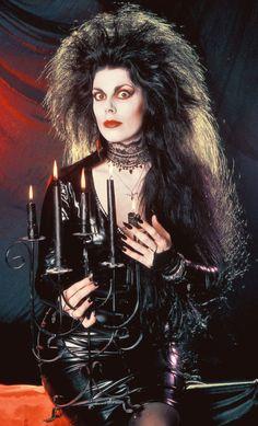 Sole goth/deathrocker in Arkansas. Deathrock/Post-punk/Darkwave/goth wave/Anarcho/I think you get it. Dark Fashion, Gothic Fashion, 80s Punk Fashion, Gothic Musik, Punk Rock, Patricia Morrison, Dark Wave, 80s Goth, Goth Bands