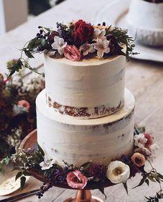 Y E S . P L E A S E // @i_heart_cakes @picpop #cake #yum #Friday