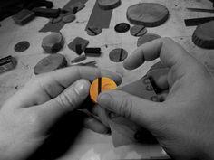 élieBois / L'atelier - créateur de bijoux en bois / Workshop - wooden jewelry designer Designer, Convenience Store, Creations, Presentation, Jewelry Designer, Atelier, Convinience Store
