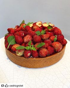 #Repost @cedricgrolet  #today  #bakelikeaproyoutube #instagood #instagram #tart #tarte #fraise #patesablee #patesablée