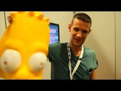 MATT SMITH Walks Comic-Con Floor Disguised as Bart Simpson - San Diego 2013 - YouTube