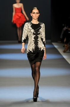 Naeem Khan - Runway - Fall 2011 Mercedes-Benz Fashion Week