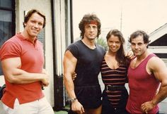 Arnold Schwarzenegger, Franco Columbu and Sylvester Stallone - Hollywood Muscle - Gallery - Strength Oldschool Jackie Stallone, Sylvester Stallone, Bodybuilding Training, Bodybuilding Workouts, Arnold Schwarzenegger Bodybuilding, Sport Studio, Fitness Models, Patrick Schwarzenegger, Fitness Motivation