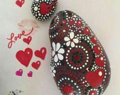 Rock arte roca pintado adorno de corazón por etherealearthrockart