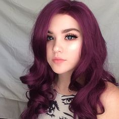 how do u feel about purple :-) ? Reddish Purple Hair, Purple Wig, Synthetic Lace Front Wigs, Synthetic Wigs, Natural Hair Styles, Long Hair Styles, New Hair Colors, Hair Colorist, Free Hair