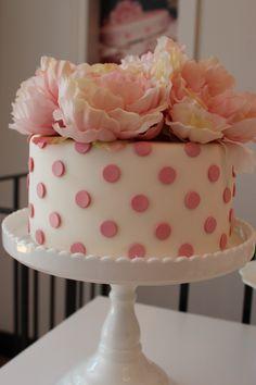 Pretty polka dot cake from SugarStars