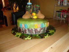 camo baby shower cake!     #karamichellemay