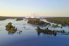Simbabwe Rundreisen - Jetzt Urlaub buchen! |Tai Pan Nationalparks, River, Outdoor, Zimbabwe, Rainy Season, Waterfall, Places, Outdoors, Outdoor Games