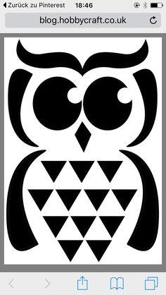Vorlage Kürbis Schnitzen Eule Gefunden auf http://blog.hobbycraft.co.uk/wp-content/uploads/2014/10/owl-template.pdf