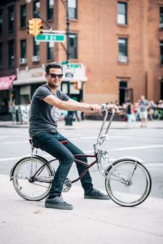 New Yorkers show off their bikes