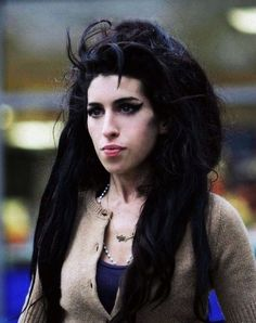 #Amy #Winehouse http://www.johanpersyn.com/explores-the-real-amy-winehouse-why-do-i-like-so-much-amy/