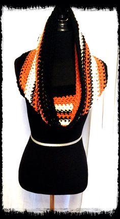 SF Giants Cowlneck crochet scarf by OffTheHookSF on Etsy, $25.00