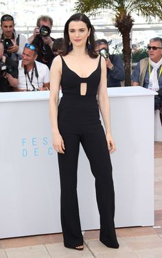 Rachel Weisz in Narciso Rodriguez. See all the best looks from the 2015 Cannes Film Festival. Rachel Weisz, Emma Stone, Cannes Film Festival 2015, Cannes 2015, Narciso Rodriguez, Vogue Paris, Sarah Jessica, Palais Des Festivals, Hollywood Fashion
