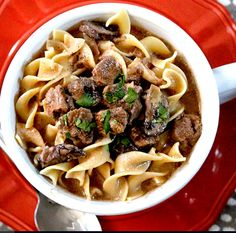 awesome Slow Cooker Beef Stroganoff Soup