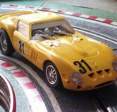 Ferrari 250 GTO de Pink Kar. Un bonito modelo con un estupendo comportamiento en pista