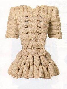 Sandra Backlund - Last Breath Bruises collection Knitwear Fashion, Knit Fashion, Sandra Backlund, Knit Art, Mini Robes, Swedish Fashion, Knitting Designs, Knit Crochet, Fashion Design