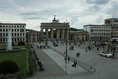 Fay City Diaries' third destination: Brandenburg Gate. http://www.fay.com/it/city-diaries/berlino?country=it