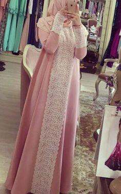 Muslim Women Fashion, Modern Hijab Fashion, Abaya Fashion, Fashion Dresses, Stylish Dresses For Girls, Hijab Style Dress, Mode Abaya, Muslim Dress, Girl Fashion