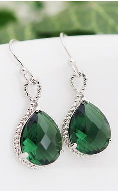 EMERALD... The Pantone Color of the Year!   Looking for this color in all Wedding Details of 2013.