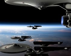 #STARFLEET INTELLIGENCE: Federation #starships in orbit | #StarTrek