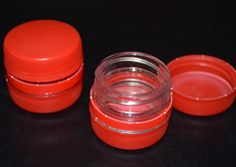 Kleine Schraubdosen aus Plastikflaschen basteln