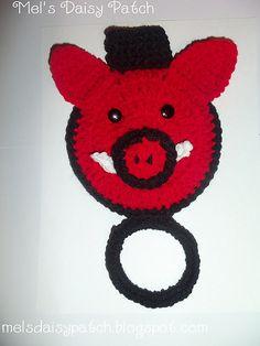 $2.50~Ravelry: Pig or Razorback Towel Holder or Towel Topper pattern by Melissa Graham