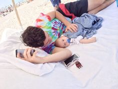 Imagiane goimg out with Aaron, your husband, and your newborn son♡