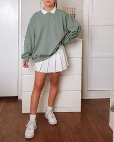 Adrette Outfits, Indie Outfits, Preppy Outfits, Teen Fashion Outfits, Retro Outfits, Cute Casual Outfits, Vintage Outfits, Tennis Outfits, School Skirt Outfits
