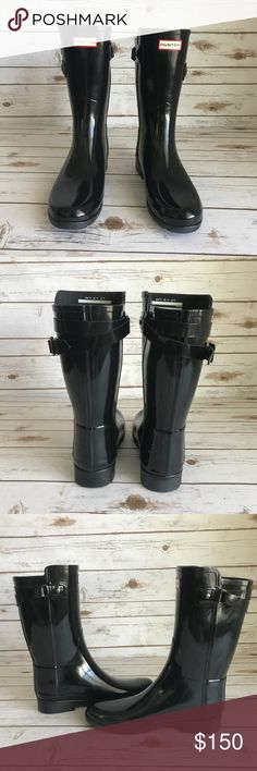 [Hunter] Black Original Refined Back Strap Boots New Hunter Women's Black Original Refined Back strap Glossy Boots - 10 US  PRODUCT CODE: WFS1074RGL-BLK  I do not have the top lid of the box.  Just the bottom part. Hunter Shoes Winter & Rain Boots