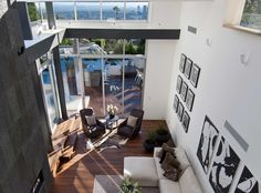 The Lavish Doheny Residence in Hollywood Hills 14