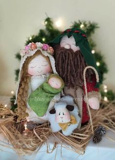 Christmas Fabric, Christmas Crafts, Merry Christmas, Christmas Decorations, Christmas Ornaments, Holiday Decor, 242, Christmas Pictures, Christmas Inspiration